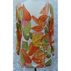 Used, Cabin Tulip Floral Rushed Faux Wrap top size XL for sale